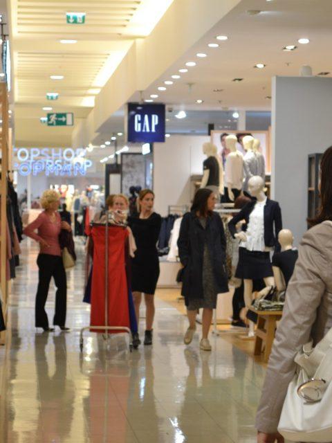 lea-pisani-shopping_12