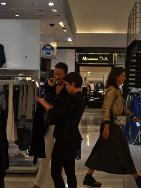 lea-pisani-shopping_18